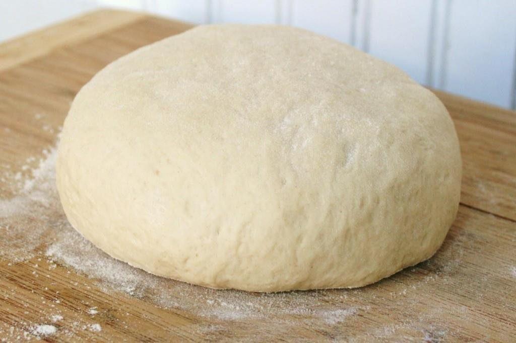 Универсальное тесто для пиццы, хачапури, пирожков. На кефире или на дрожжах?
