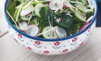 Рецепт салата со шпинатом