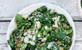 Салат из свежего шпината