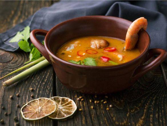 Суп Том Ям ຕົ້ມຍຳ | ต้มยำ