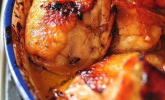 Курица с нежным соусом и перчинкой для новогоднего стола