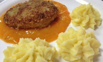 Универсальный соус детства из столовой для мясных блюд