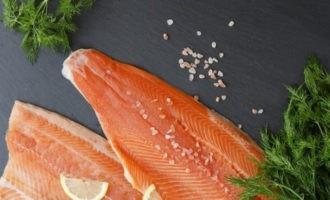 Как засолить рыбу так, чтобы потом не лежать в больнице?
