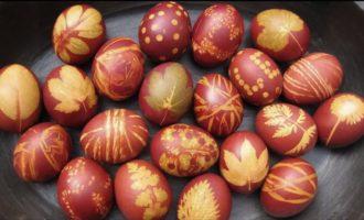 Как правильнее всего красить яйца в луковой шелухе