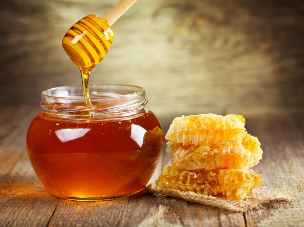 Но мед — это очень уж странный предмет…  Всякая вещь — или есть, или нет